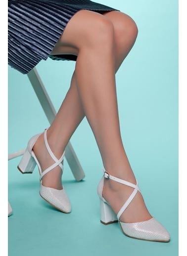 Muggo Topuklu Ayakkabı Beyaz